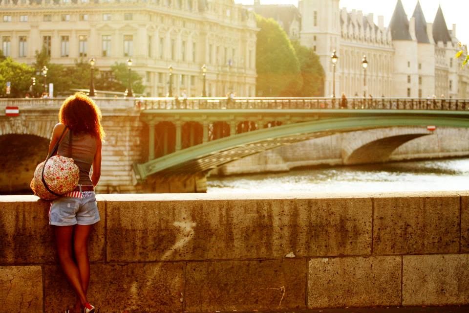 viajar sola a paris