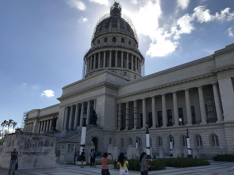 Viaje a La Habana visitando el Capitolio