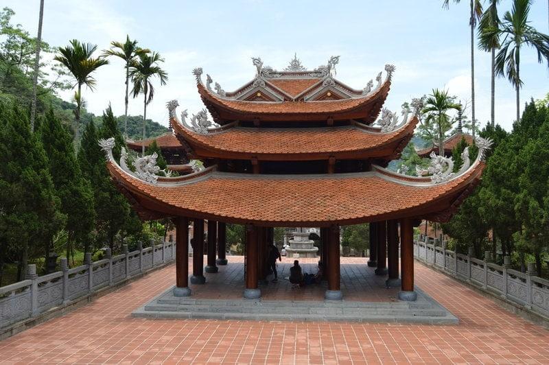 tumba-imperial-hue-que-ver-vietnam