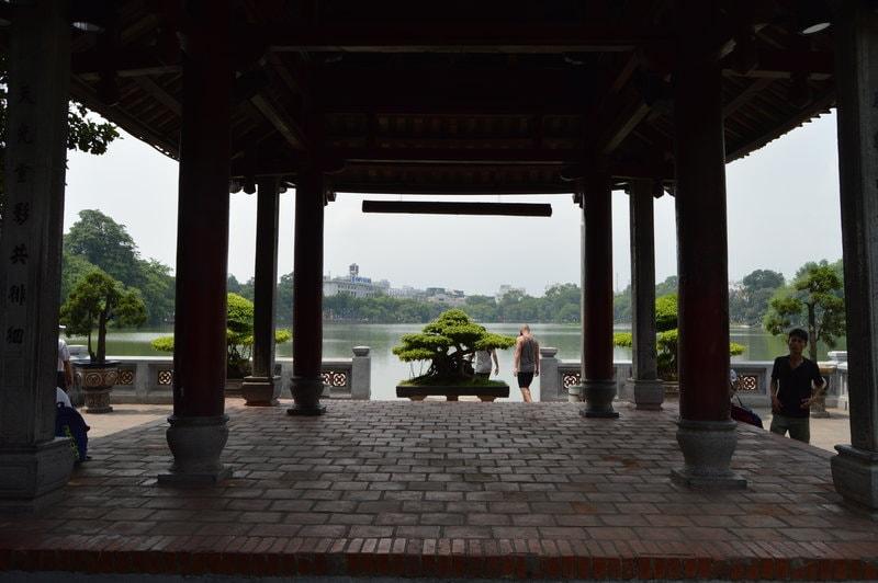 viajar-a-vietnam-lago-hoan-kiem